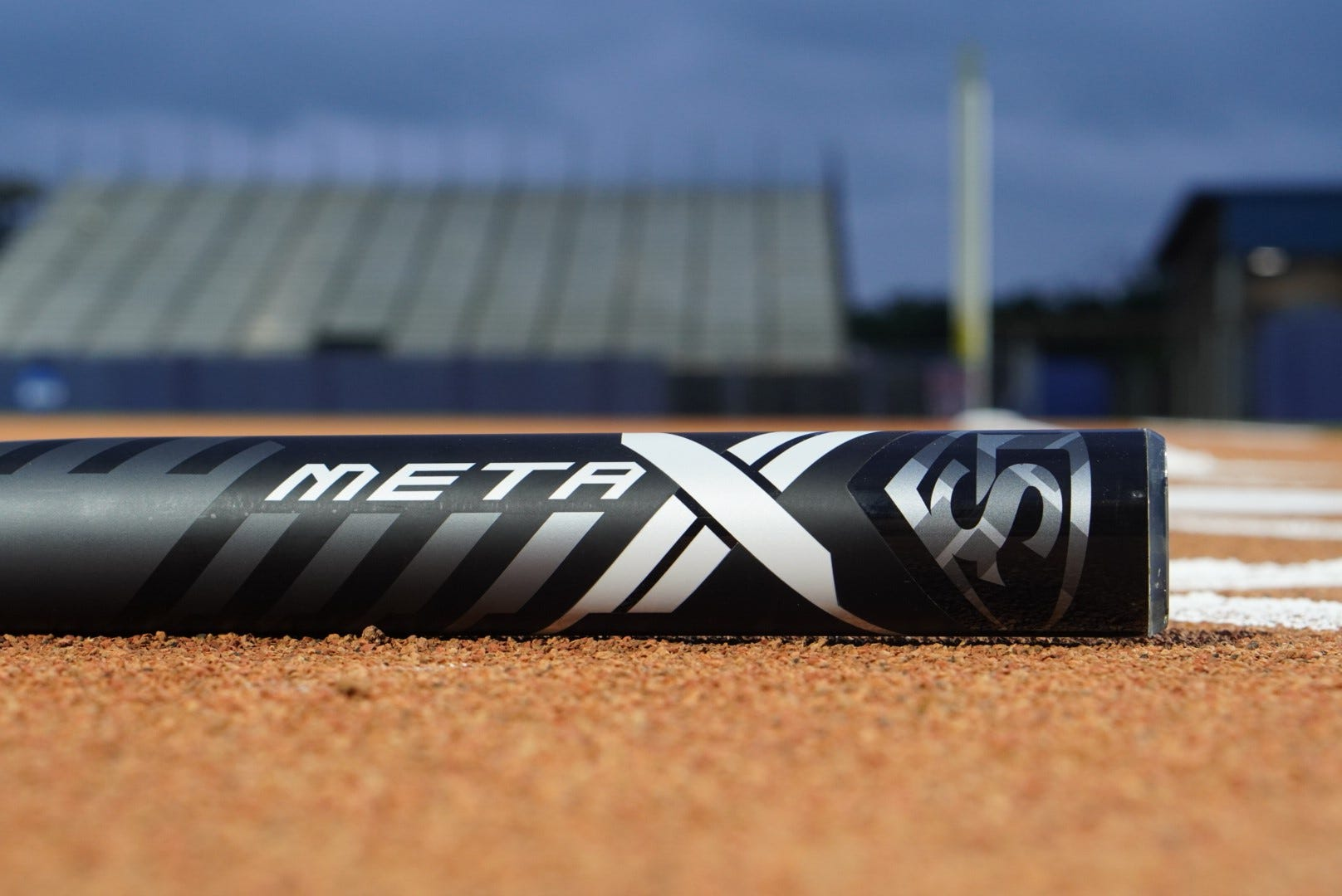Louisville-Slugger-Meta-Fastpitch-Softball-Bat