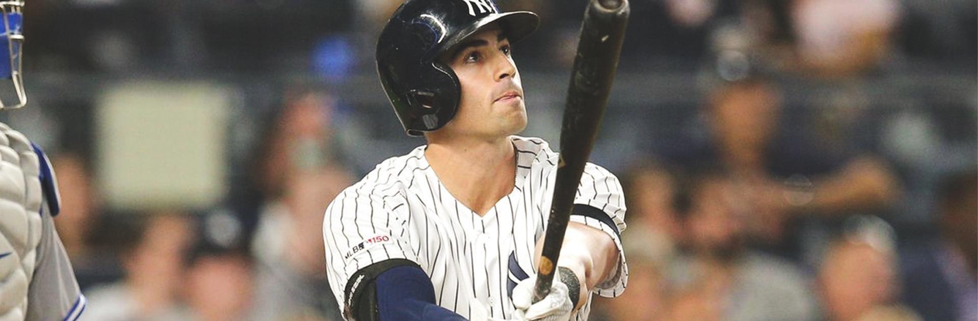 Tyler-Wade-Louisville-Slugger-Baseball-Bat