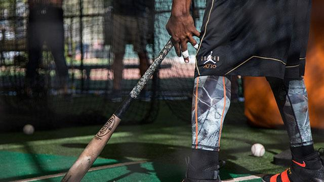 How Adam Jones Preps his Bats | Louisville Slugger Bat Week